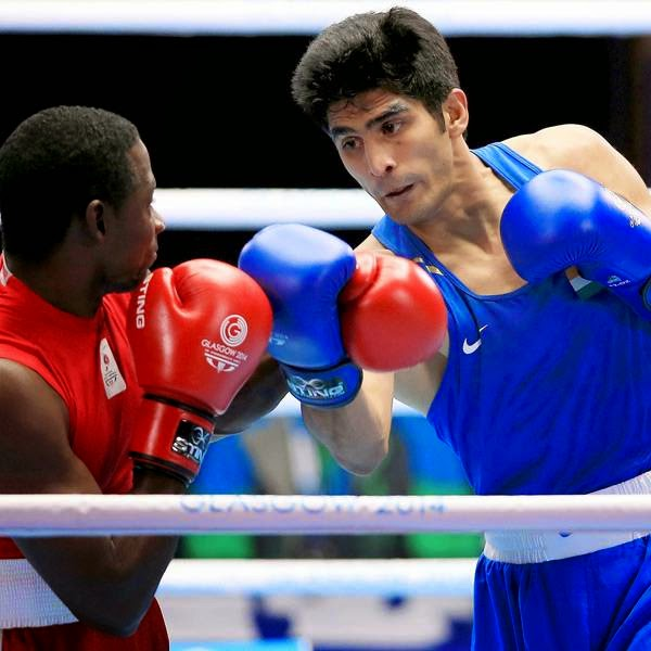 Star boxer Vijender Singh packed a punch while assuring himself of a medal in what proved to be a good outing for Indian pugilists.