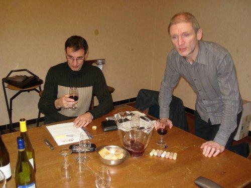 Eric voorziet een deskundige uitleg bij elke wijn.