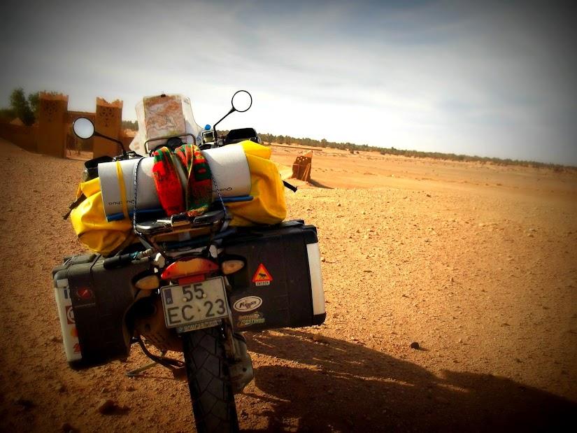 Marrocos e Mauritãnia a Queimar Pneu e Gasolina - Página 13 DSCF1457