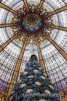Paris La Fayette'in cam tavanı