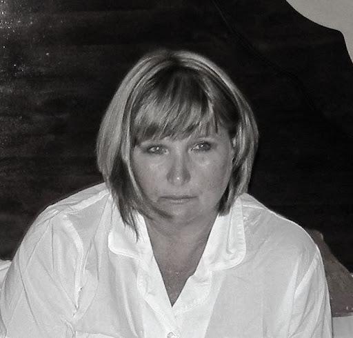 Angela Marlin Photo 13