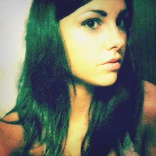 Lili Mendoza Photo 25