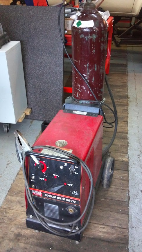 Co Lincoln Square Wave Tig 175 With Medium Argon Bottle