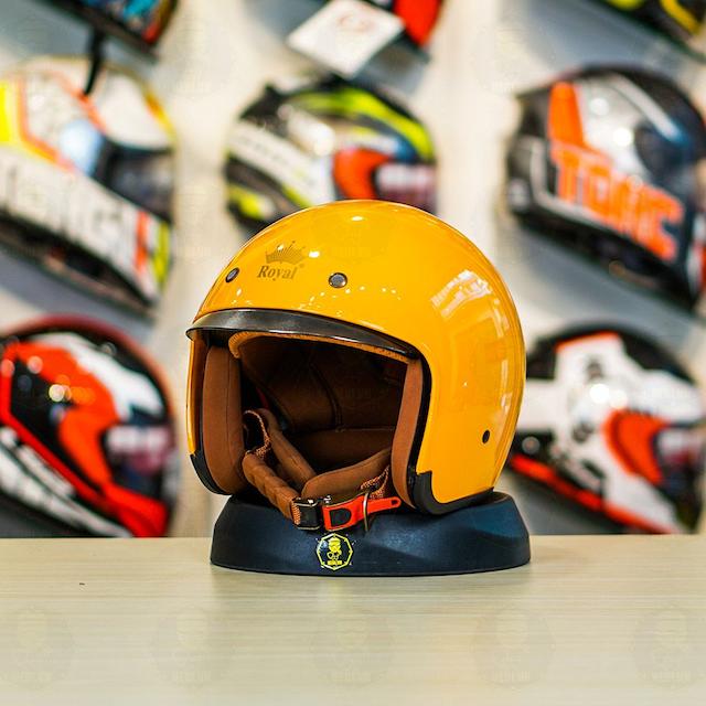 Mũ bảo hiểm 3/4 có độ bền cao và thiết kế nhỏ gọn