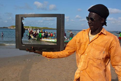 Mouhamadou Sow, fotográfo, artista urbano, artista callejero, diseño web, Sicilia, África