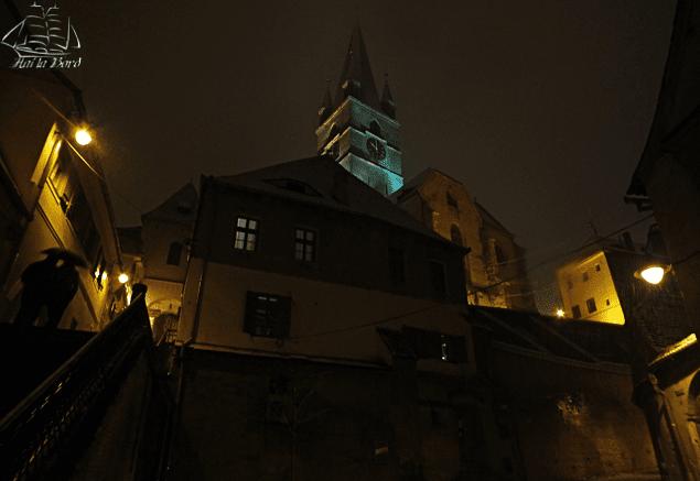 biserica evanghelica pasajul scarilor iarna sibiu