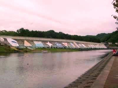 Taro fishing port's tsunami barrier (wall) - 田老町