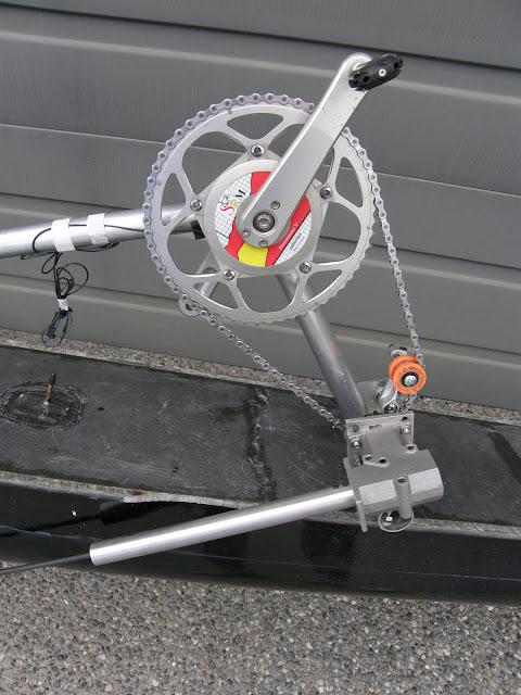 педальный двигатель для лодки