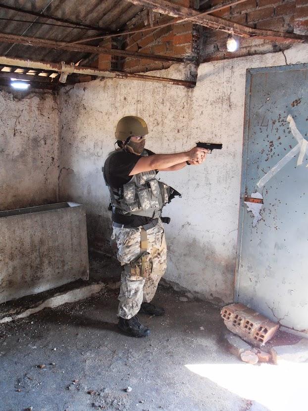 """Fotos de """"Operación Granja"""". 25-08-13. P8250102"""