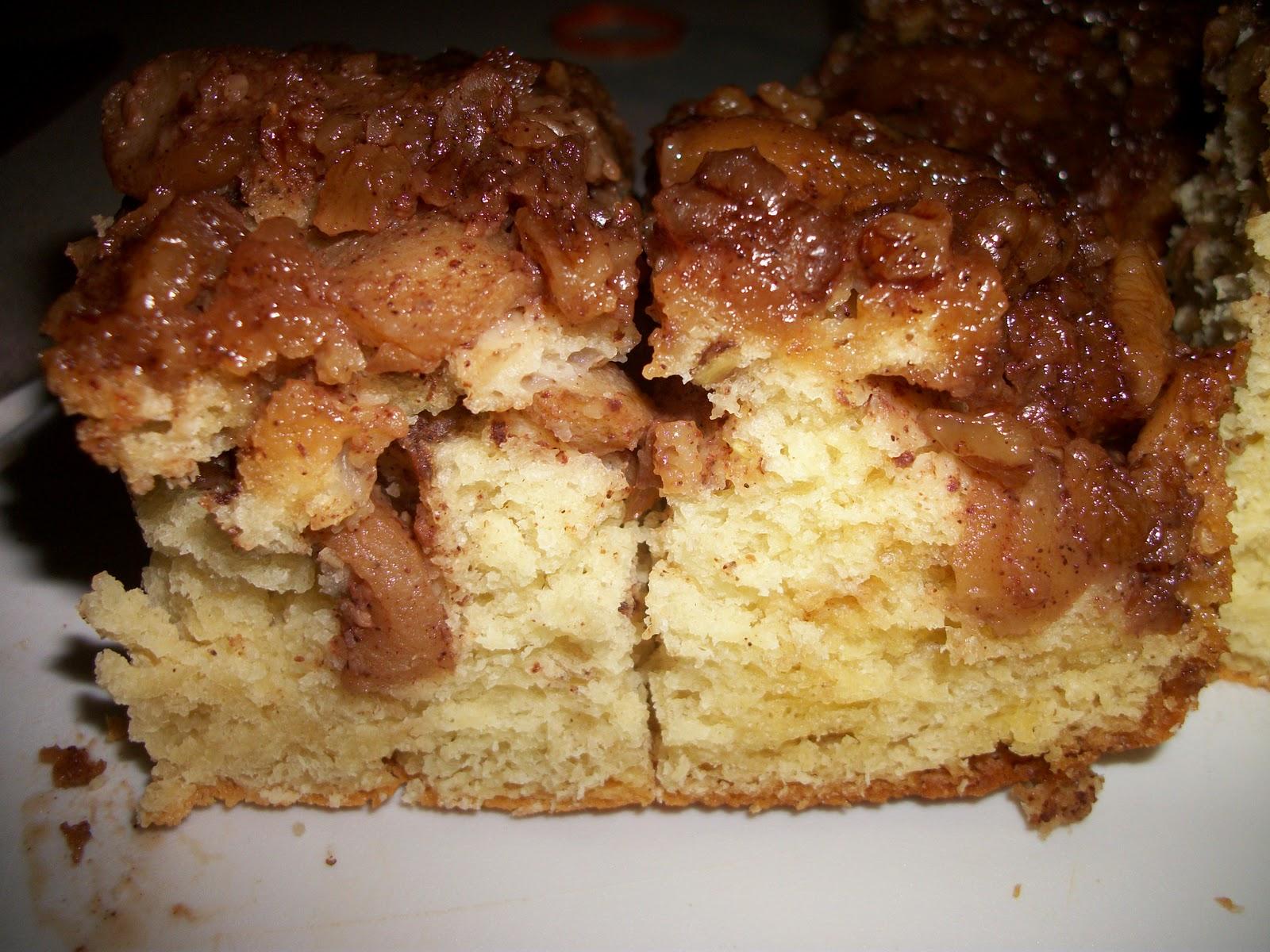 Colletta's Kitchen Sink: Apple Pecan Upside Down Cake