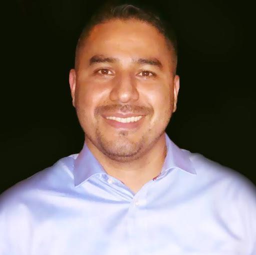 Carlos Enrique B