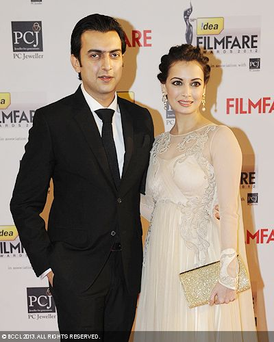 Dia Mirza also made an appearance with boyfriend Sahil Sangha during the 58th Idea Filmfare Awards 2013, held at Yash Raj Films Studios in Mumbai.Click here for:<br />  58th Idea Filmfare Awards