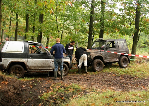 4x4 Circuit Duivenbos overloon 09-10-2011 (2).JPG