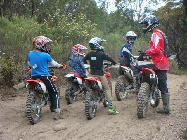 Cru Dirt Bike Camps - Teach your kids to ride - Dirt Bike Training - Learn to ride a motorcycle