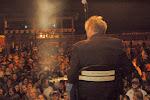 Scotty tunes up before the Ruston, LA show