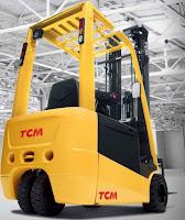 Xe nâng điện 3 bánh TCM