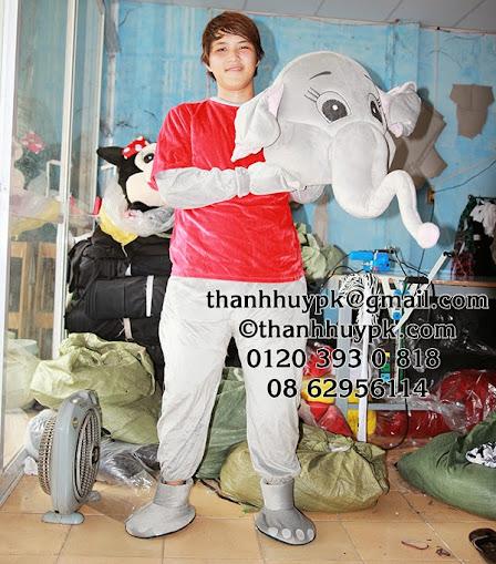 cho thuê mascot con voi áo đỏ
