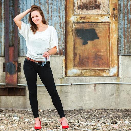 Emily Burkhardt Photo 15