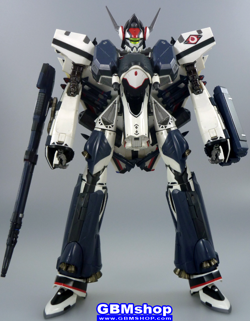 Macross Frontier VF-171EX Armored Nightmare Plus EX Alto Saotome Custom Battroid Mode