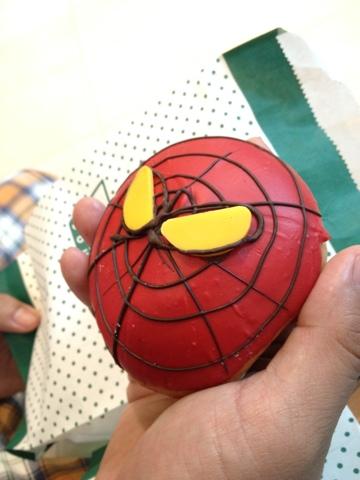 Bangkok, Krispy Kreme, spiderman donut