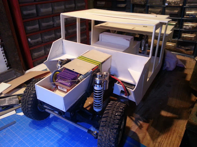 AXIAL SCX10 Hummer H1 Full styrene devient Full Zinc 20130426_162923