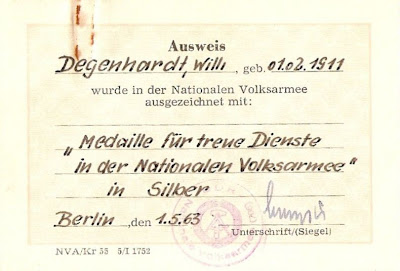 150d Medaille für treue Dienste in der Nationale Volksarmee für 10 Dienstjahre Punze 900 - 3 www.ddrmedailles.nl