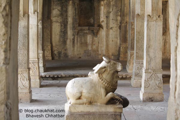 Bhangarh - Nandi of Shiva Temple