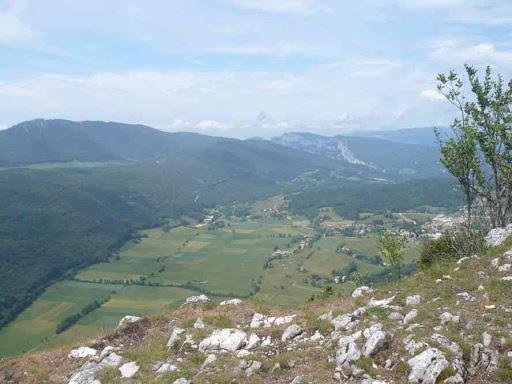 Quelques heures et une rude montée plus tard... le panorama de la roche du Mas