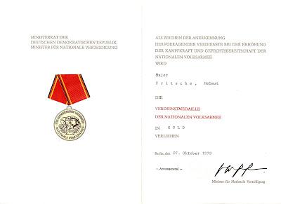 145g Verdienstmedaille der Nationalen Volksarmee in Gold www.ddrmedailles.nl
