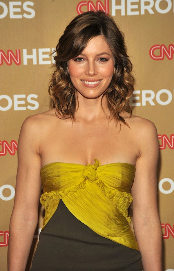"Jessica Biel â€"" 2nd Annual CNN Heroes An All-Star Tribute at the Kodak Theatre in Hollywood(celebrities-4photos)4"