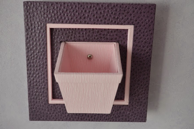 cadre pot de fleurs rose