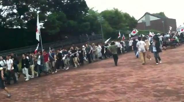 8.21フジテレビ偏向報道反対デモに大多数の人が参加
