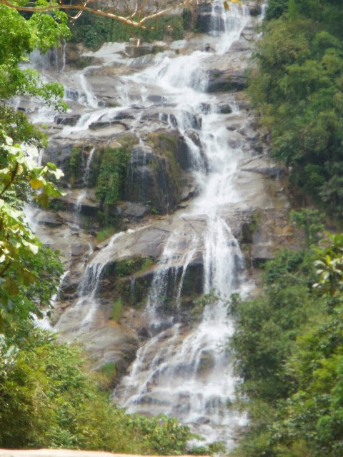 Lata-Kijang-Waterfall