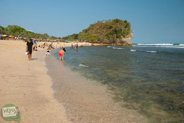 Pantai Indrayanti Gunungkidul