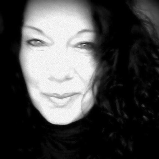 Annette Fischer Photo 29