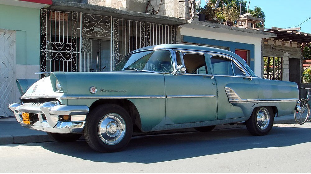 1955 mercury monterey 4 door sedan cubanclassics for 1955 mercury monterey 4 door