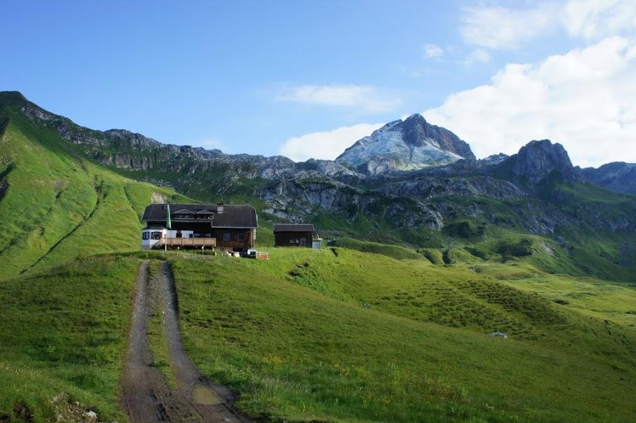 Blick zurück auf die Biberacher Hütte