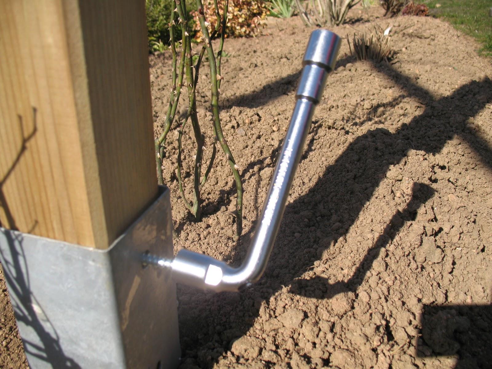 Roses du jardin ch neland construction d 39 un portique pour for Poteaux de rugby pour jardin