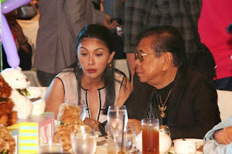 photo video pops fernandez spotted on date with chavit singson
