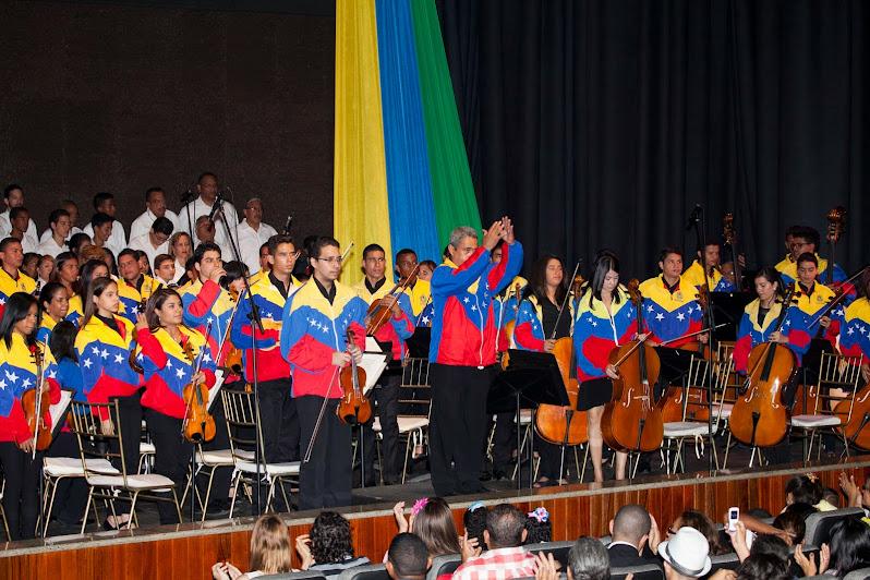 Luego de 37 años, Ciudad Bolívar tiene una sede de ensayos y conciertos para los niños del Sistema de Orquestas y Coros Juveniles e Infantiles de la ciudad, encabezado por Dino Pronio