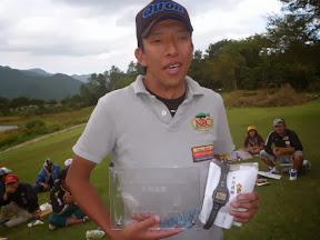 年間優勝 高田良介選手 表彰 2