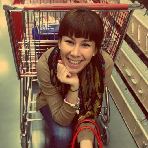 Diana Azua Photo 6