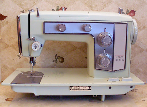 Heavy Duty Kenmore Zig Zag Sewing Machine Double Belted