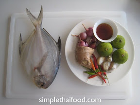 Fry Promphet with Chili and Ginger Fish Sauce Ingredients