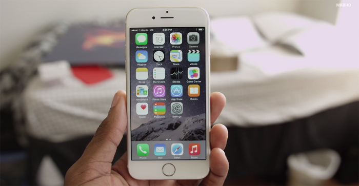 WATCH iPhone 6 First Impressions Video