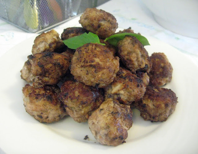 Meatballs with Tomato Sauce (Polpette al sugo)