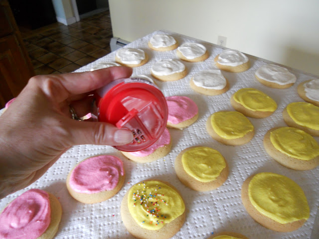 Sprinkle colored sugar or sprinkles on your sugar cookies.