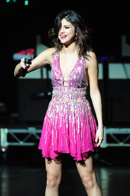 Selena Gomez Pics 2011 Concert Of Hope