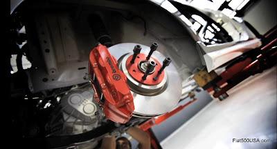 Fiat 500 Abarth Brembo 4 piston caliper