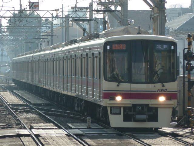 京王電鉄 準特急 北野行き3 8000系
